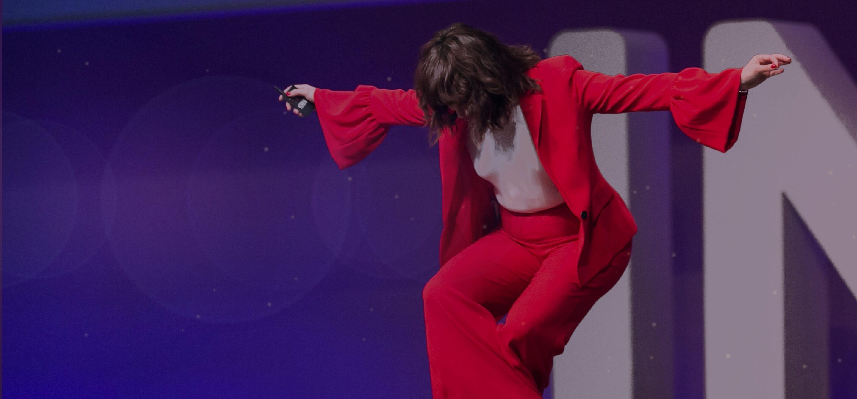 INBOUND 2018 Piera Gelardi bowing on stage at INBOUND